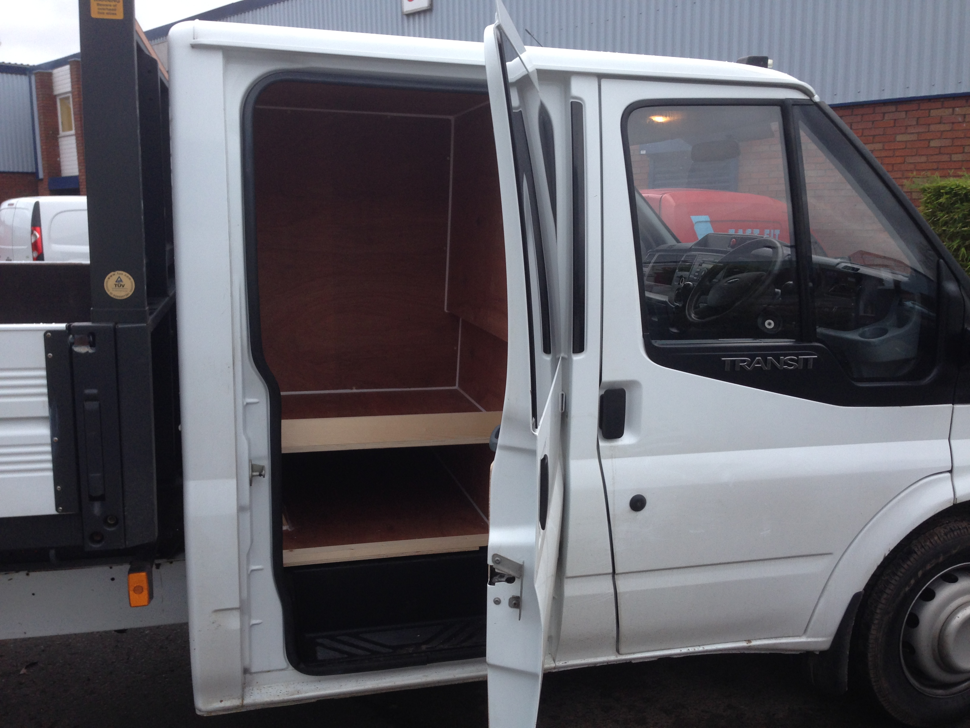 Fleet Ford Transit Double Cab Fast Fit Nationwide Midlands